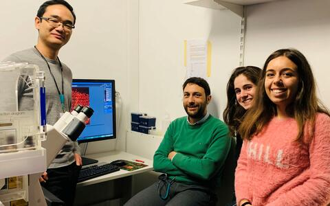 Yi Jin visits the lab of Claudio Franco
