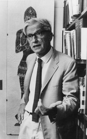 Max Delbrück at the California Institute of Technology, 1960.